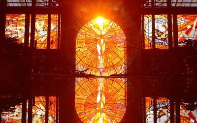 1a569068a6 Iluminación del Hombre Sol, bello espectáculo en el Cosmovitral - El ...