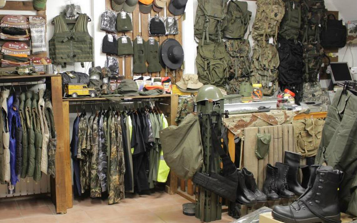 Tiendas de artículos militares y tácticos solicitan identificación del  comprador - El Sol de Toluca 061d3d03129