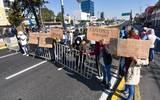 Ambulantes de la zona de la Terminal de Autobuses de Toluca bloquearon Paseo Tollocan en ambos sentidos el pasado 5 de enero