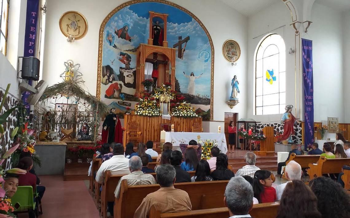 personas celebrando la fiesta de santo tomas